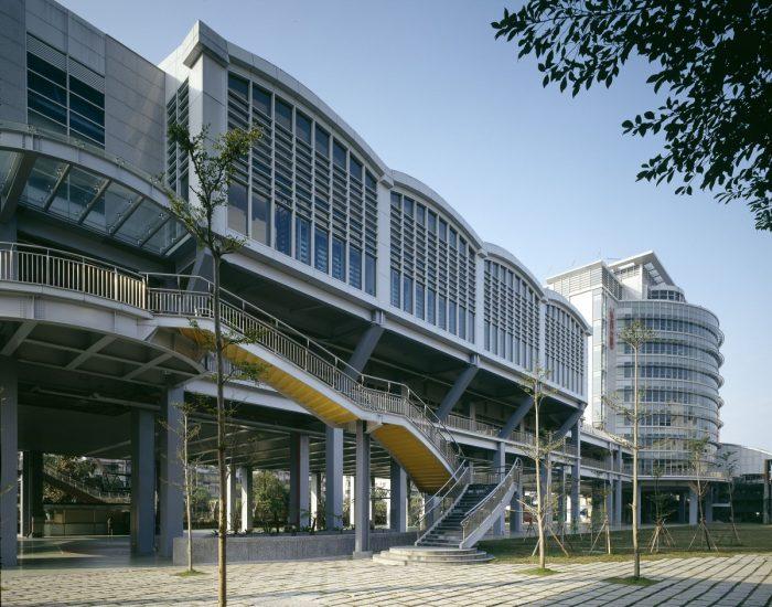 南山高中活動中心